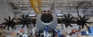 Montaje del avión A400M de Airbus en Sevilla