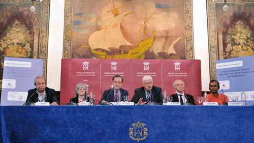 Seis Premios Nobel en Sevilla septiembre 2012