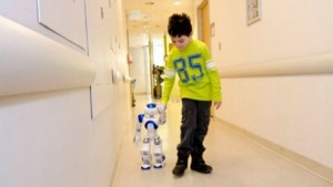Medi, un robot humanoide capaz de reducir en un 50% del dolor infantil.