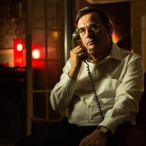 Eduard Fernández caracterizado como el espía Francisco Paesa.