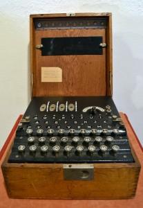 Máquina 'Enigma' en el Museo Militar de Sevilla