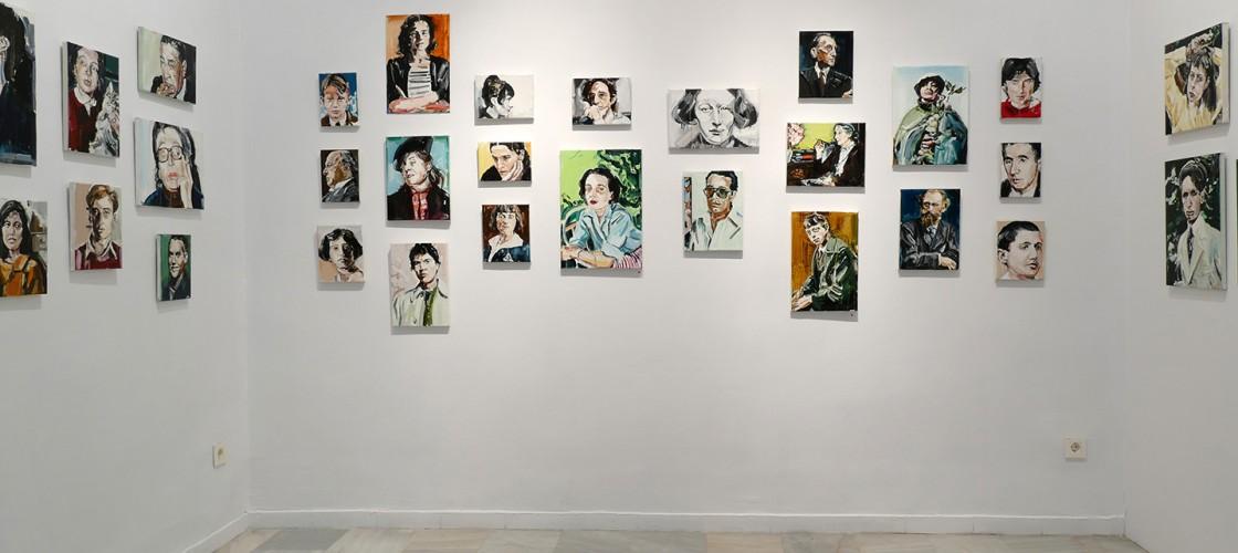 Montaje de la exposición 'El altar de los muertos' de SIlvia Cosío