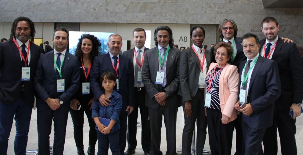 Pedro Velázquez (a la derecha) con el equipo directivo de Save the Dream en el foro que organizaron en Bakú (Azerbayán) en abril de 2016.