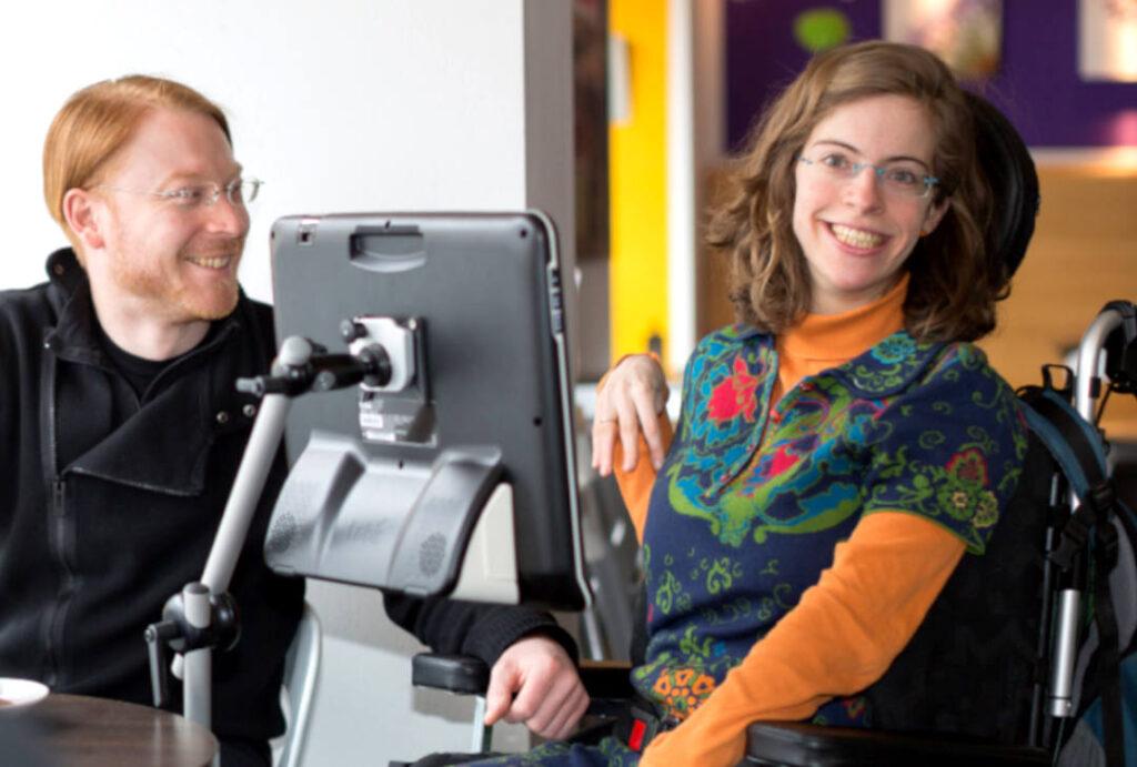 Kathrin Lemler, una de las entrevistadas en Capaces de Comunicar. Investigadora en la Universidad de Colonia, experta en rehabilitación y oradora especializada en CAA (Alemania).